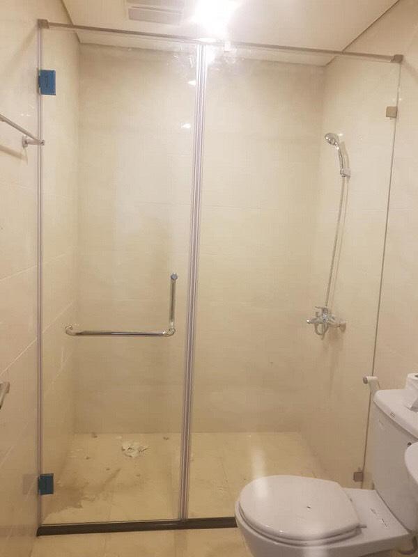 Phòng tắm kính 04