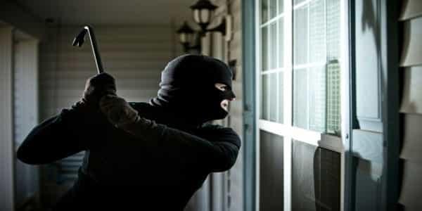 4 điều cần lưu ý khi lắp cửa kính cường lực chống trộm