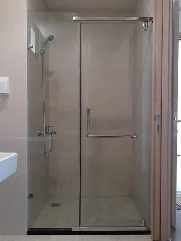 Phòng tắm kính 07